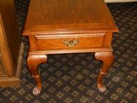 Oak end table in great condition.  Plus we deliver for