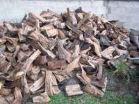 seasoned oak firewood about 2 -4 years seasoned about 2