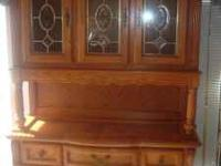 This is a beautiful Oak Hutch, it is in perfect