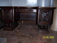 "19th century, Good Condition, H:31"" W:71"" D:45.5"" Oak"