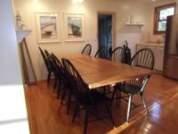 Beautiful Vaughn Basset table and chair set. Table is