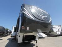 OAKMONT 390 MBL FW MID BUNK HOUSE/REAR LIVING BY