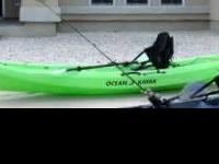 LIKE NEW OCEAN KAYAK  SCRAMBLER 11 WITH DRY WELL
