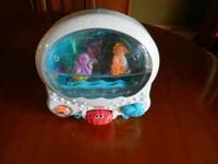 In great condition. Fisher Price Ocean Wonders Aquarium