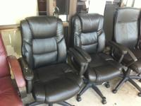 CALL or TEXT :   Office Chairs in Great Condition,