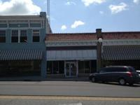 CONVENIENT LOCATION IN DOWNTOWN TIFTON  FRONT LOBBY