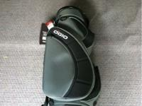 I am selling a Ogio cart bag, the bag is still in the