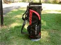 This is a great golf bag, great condition. The red and