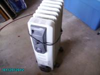 For Sale: Oil Heater - Take about 30 minutes to heat up