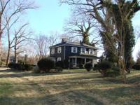 Powhatan Virginia historic home for sale on 28 secluded