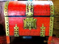This is an original Indian treasure chest box from