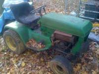 Old John Deere riding lawn mower / tractor Run ok