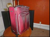 Olympia Luggage Tuscany 30 Inch Expandable Vertical