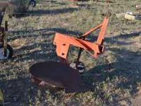 one bottom breaking plow for small tractor used on ford