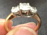 Very clear diamonds.. One carat total three diamond