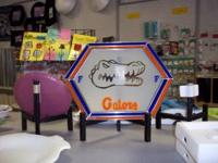 TOTALLY UNIQUE FLORIDA GATORS LEADED GLASS COLLECTIBLE