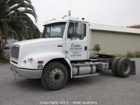 2001 Freightliner FL112 Truck Online auction at