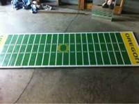 Oregon duck beerpong table! It's a legit 8 foot ling