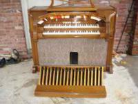 Nice Organ, came out of a church! Baldwin Model HT2