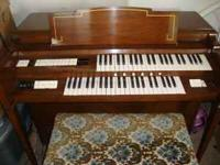 1961 Gulbransen Organ, good condition moving must go