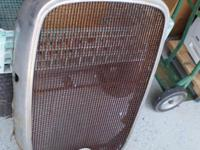 Original 1932 CHEVROLET radiator GRILLE shell 32 CHEVY