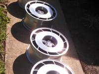 These are original corvette wheels , 17 inch with a
