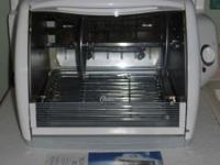 Oster Horizontal Rotisserie Portable in Very Good
