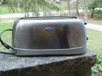 Very nice, lightly used Oster toaster. Large, wide