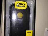 Hey I have a brand new Otterbox defender case for the