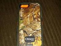 Realtree camo/orange Otterbox for iPhone 5/5s. Little