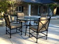 Outdoor patio furniture by Murrays Iron Works in Los