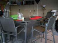 Outdoor patio furniture/bar style/5 chairs plus