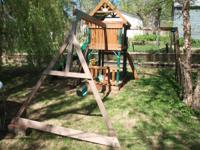 This play set is 2 years old. 600(final offer) dollars