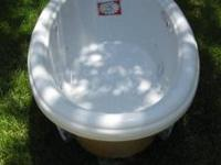Jetted, oval tub for sale with hot water recirculating