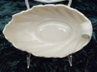 This is a beautiful oval boat shaped serving dish with