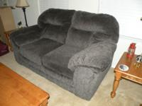 Dubuque Iowa Furniture 1,800 $. Overstuffed Loveseat In Great Condition,  Color Is Dark