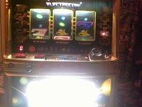 Pachislo slot machine in perfect working condition. all
