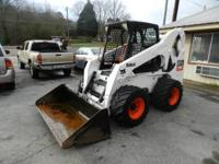 05' BOBCAT SKID STEER S300,OPEN CAB,SMOOTH BUCKET,FOOT