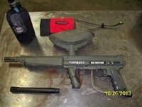Tippmann 98 custom paint ball gun with flat line barrel