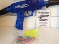 Blade paintball gun, some paint balls (bag opened and