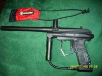 Spyder RT paintball gun with electronic rocking