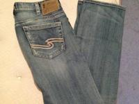 Pair of silver jeans size 32 x 34. Worn twice washed