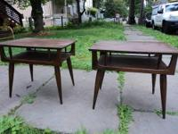 Pair of Mid Century Modern End Tables Pair of mid
