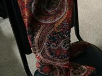 Size 8 1/2 paisley print boot. Very nice and