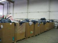 BRAND NEW JEANS THOUSANDS OF THEM!!!ALL SIZES, MEN &