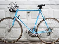 This is an old school panasonic road bike. It has 10