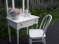 Lightly distressed cute little dressing table with