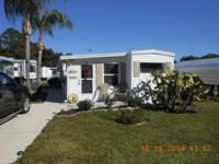 P-14 NEW LISTING 1992 8x 35 Dutchman with 8x32 Fl room