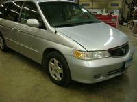 Parting out a complete 2001 Honda Odyssey van with an