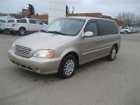 Parting out my Garage Kept 2002 Kia Sedona Minivan with